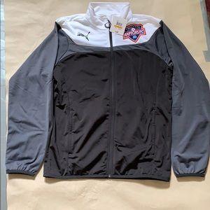 Men's puma zip up soccer jacket size small